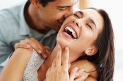 Dating Mature Men ... older woman younger woman lesbians, how to use a dildo on a woman, ...