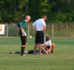 Concussed_Soccer_Player_resized_0